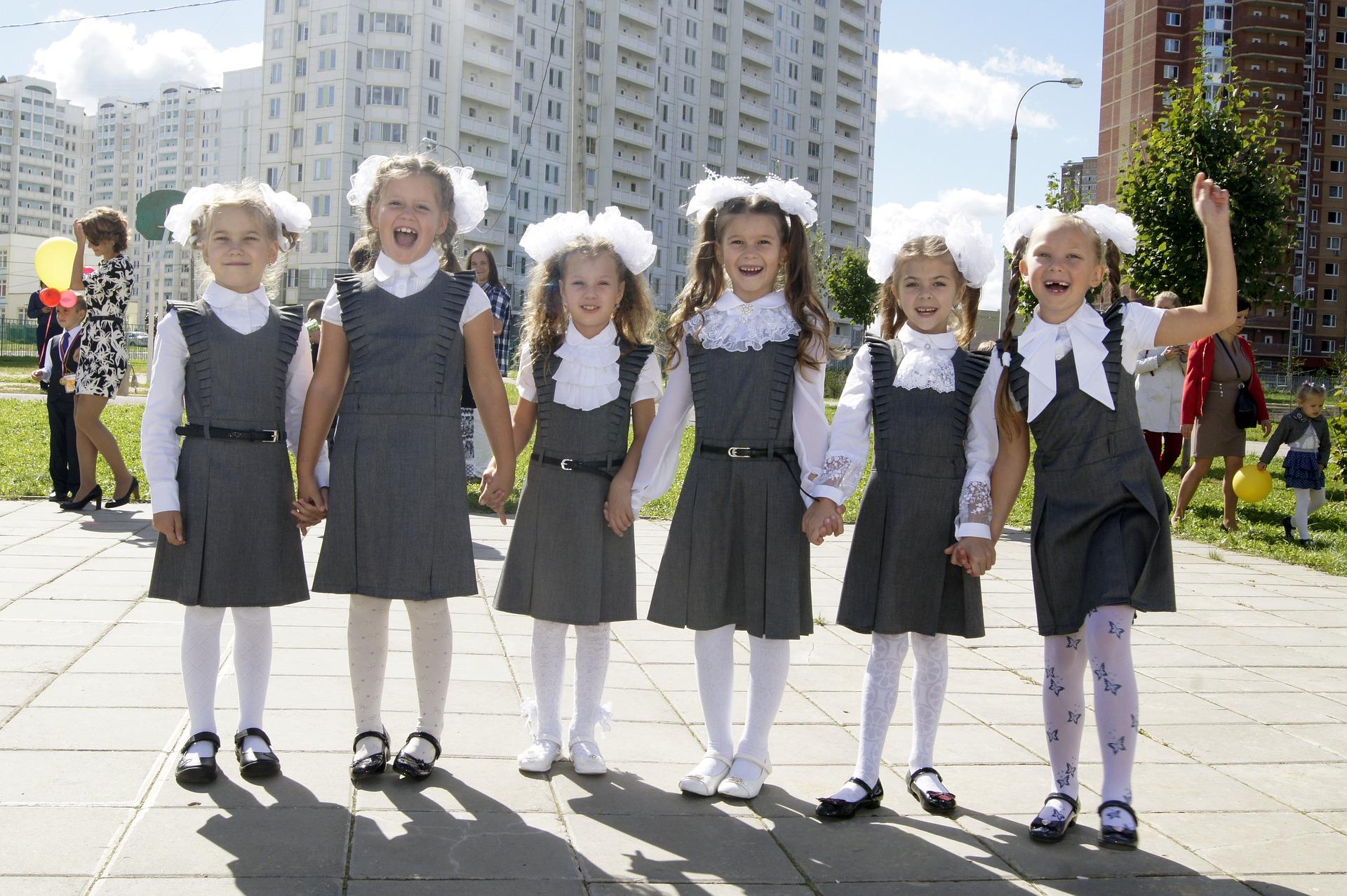 Сколько стоит собрать ребенка в школу в 2019 году