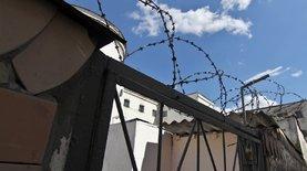 В Чернигове двое подростков избили охранника и пытались бежать из СИЗО