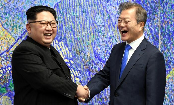 На Корейском полуострове договорись завершить 68-летнюю войну