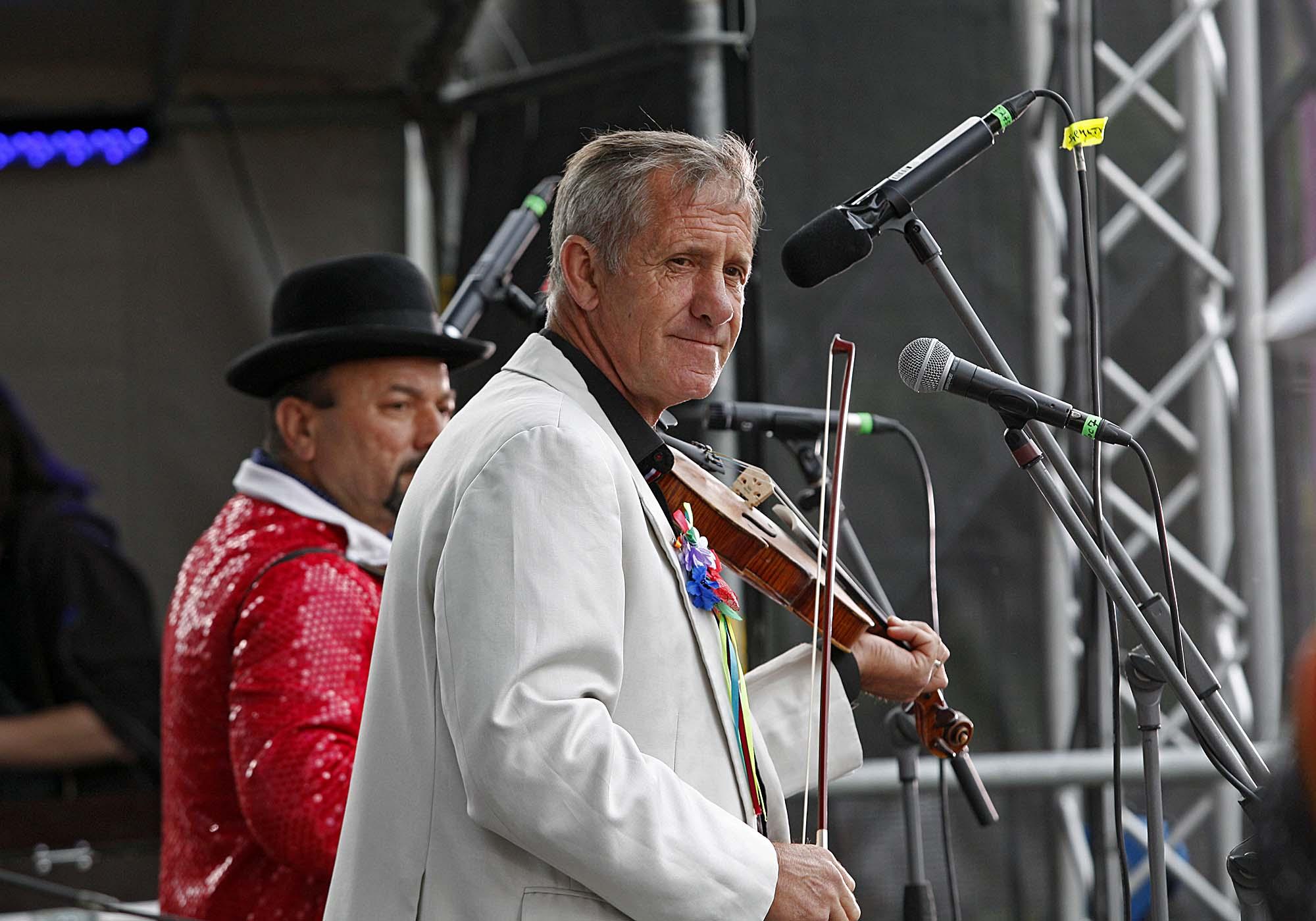 Hudaky Village Band. Традиційний весільний ансамбль із Закарпаття