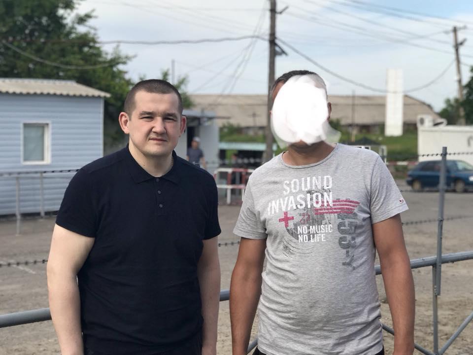 Незаконно держали в тюрьме: в ОРЛО боевики освободили заложника