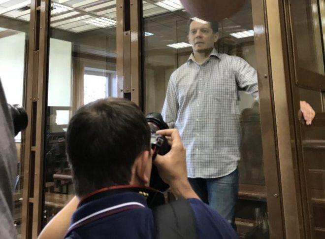 Украинского журналиста Сущенко в РФ приговорили к 12 годам тюрьмы