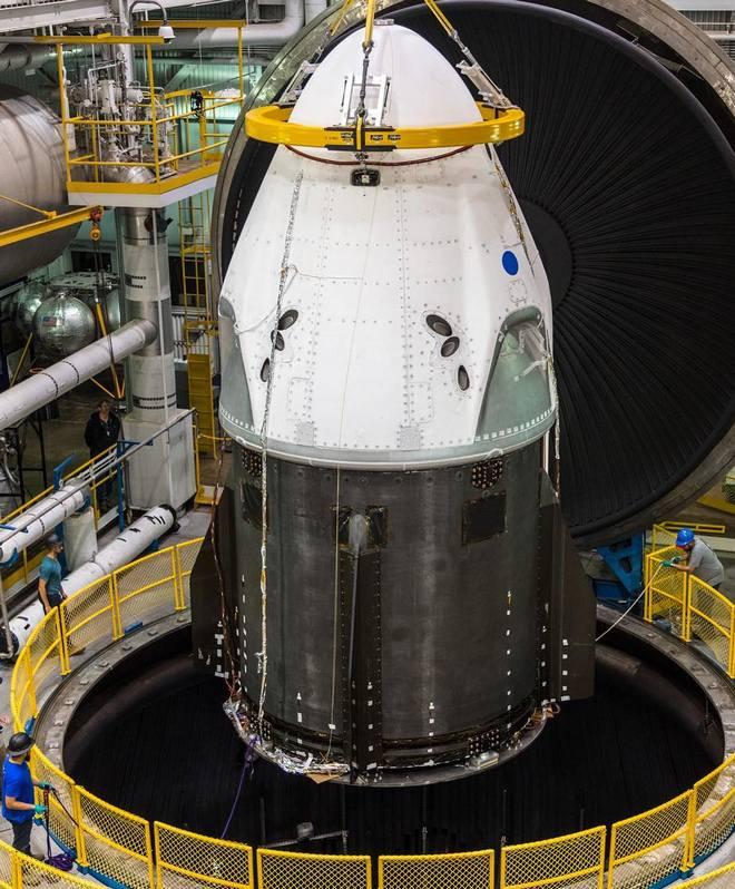 Космический корабль SpaceX испытают на прочность в Огайо: фото