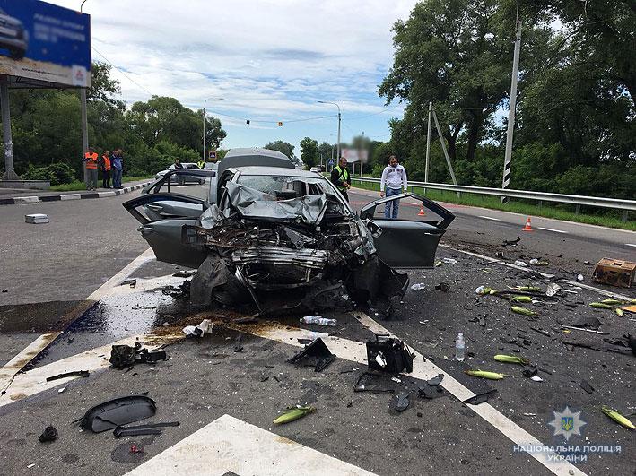 ДТП в Чернигове: погибли все четверо находившихся в легковушке