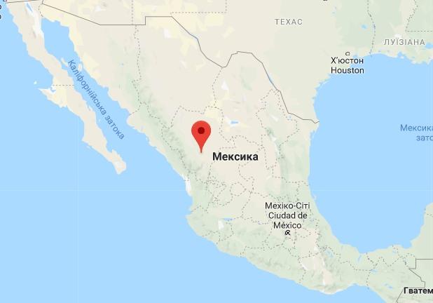 В Мексике разбился самолет с сотней людей на борту