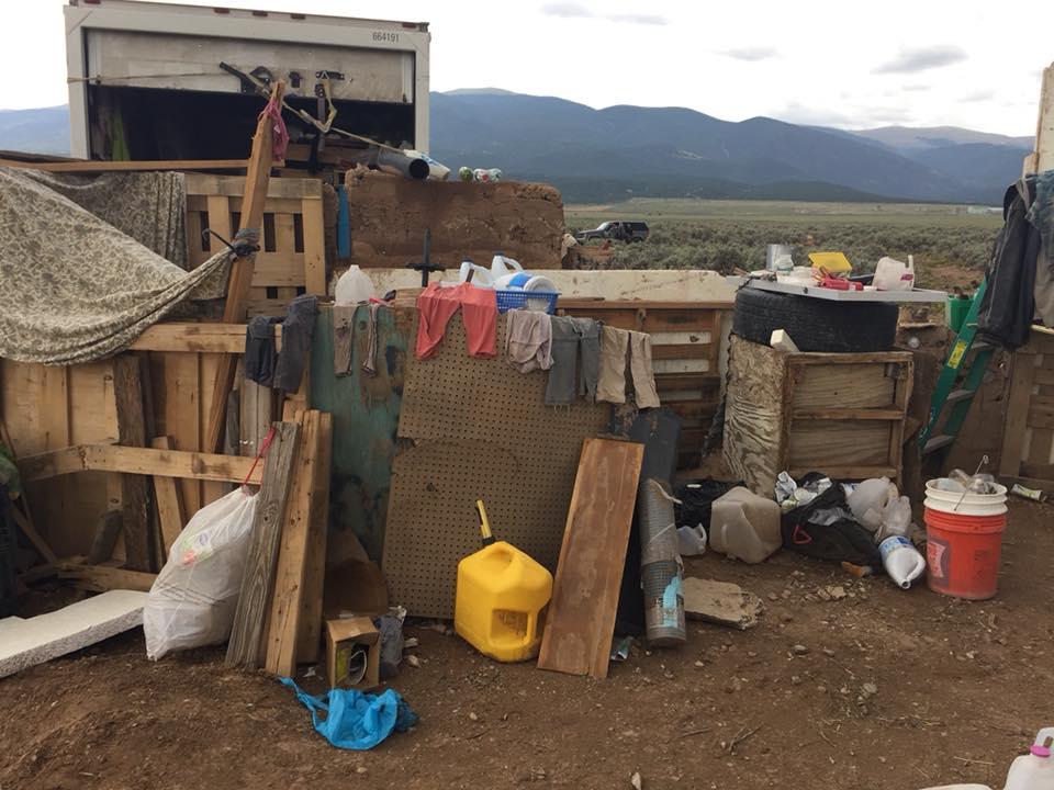 """""""Беженцы Третьей мировой"""": в пустыне США найдены 11 детей - фото"""