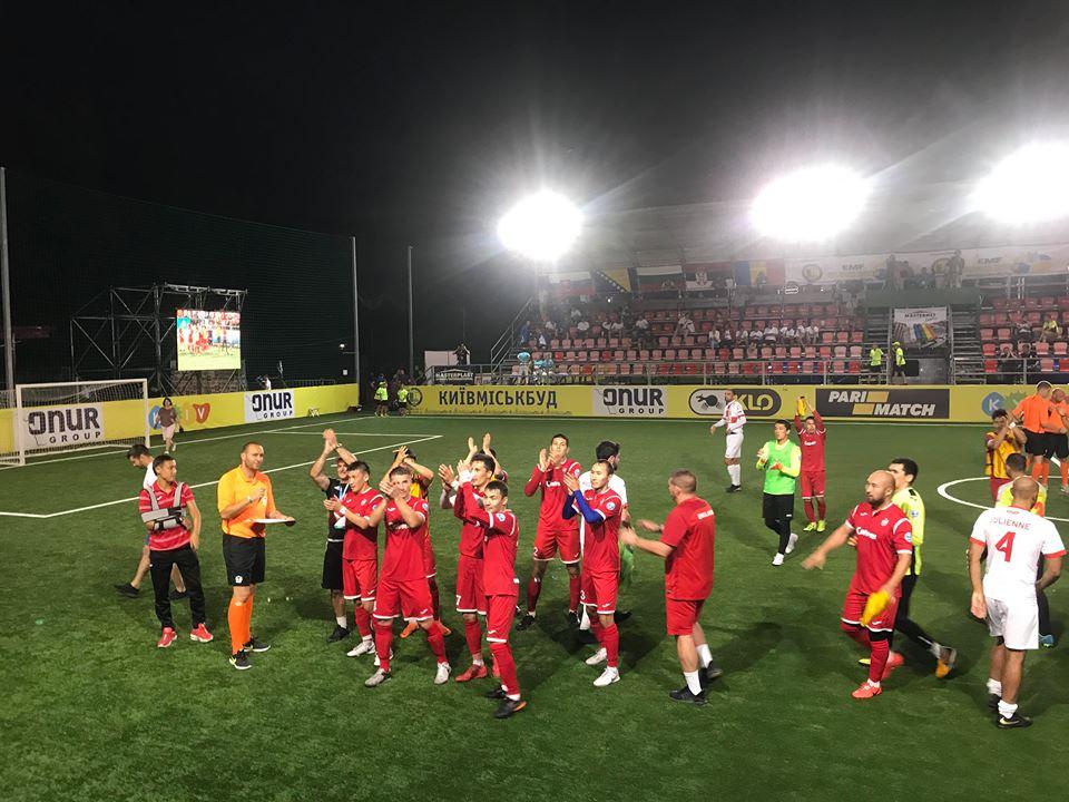 Чехи в Киеве промокли, но выиграли ЧЕ-2018 по мини-футболу - фото