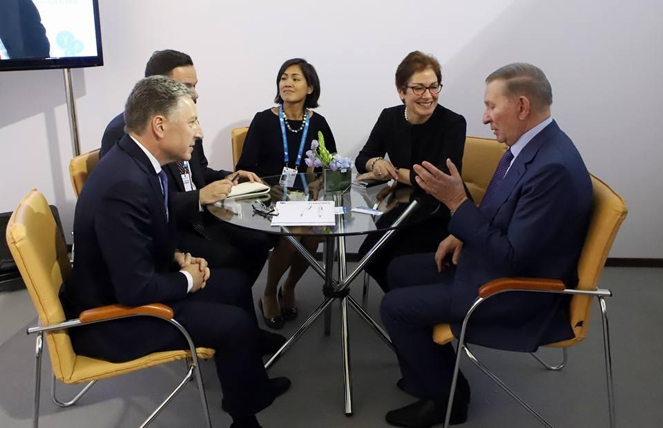 Кучма сказал, что может вернуть мир в Донбасс