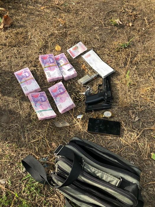 Общественника задержали по подозрению в торговле оружием: видео