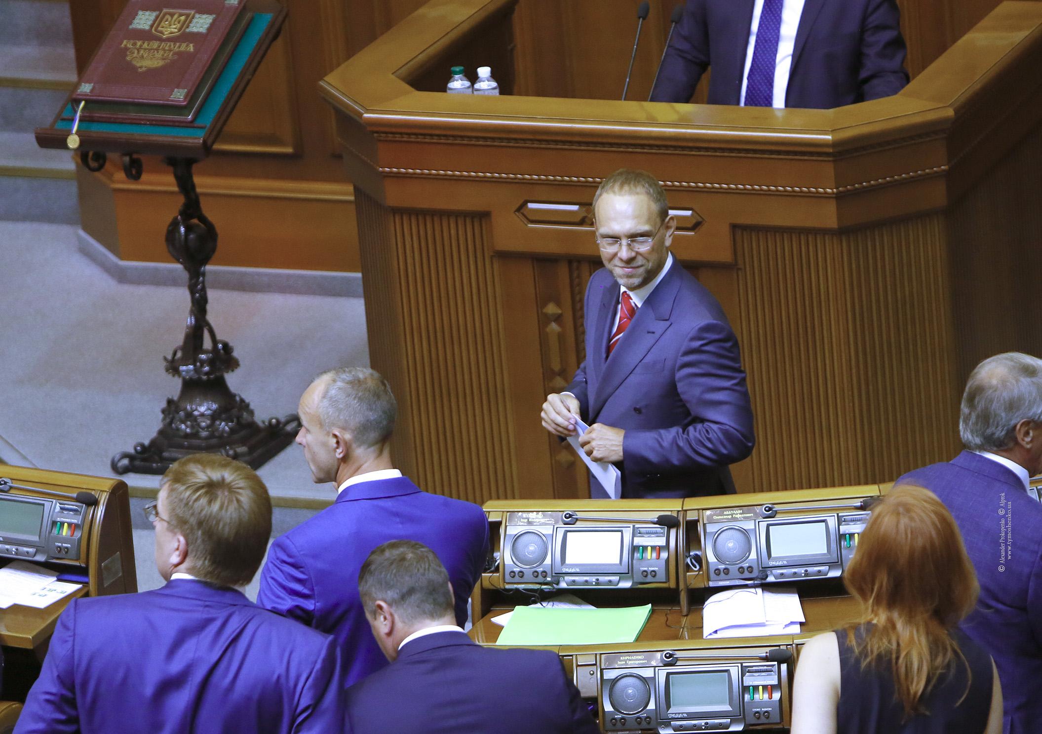 Сергей Власенко: Тимошенко выйдет во второй тур при любой погоде