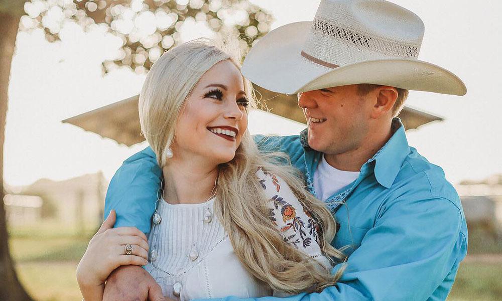 В Техасе молодожены погибли спустя 1,5 часа после свадьбы - фото