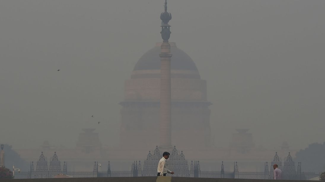 Загрязнённость воздуха в Нью-Дели в 20 раз превысила норму