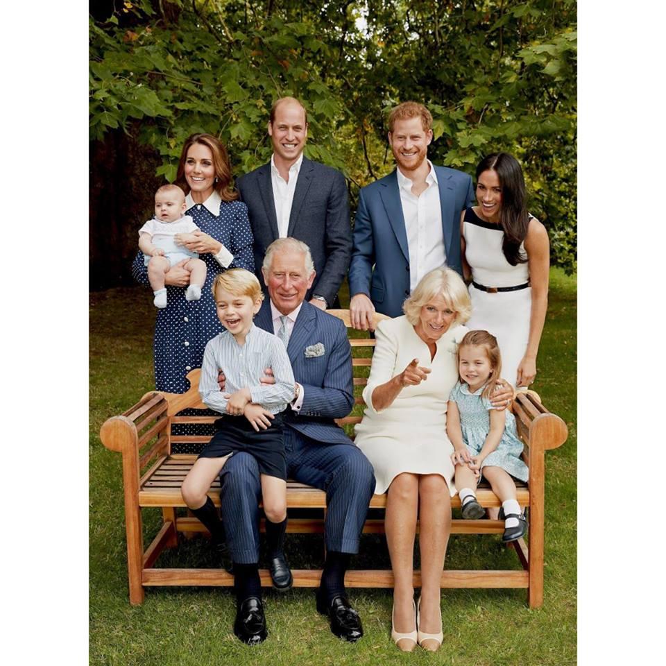 Принцу Чарльзу - 70 лет: появились новые семейные фото
