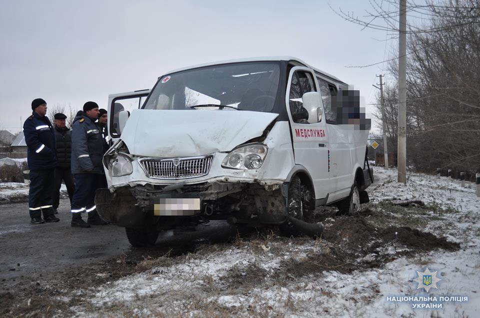 В Донбассе на мосту произошло масштабное ДТП: есть погибшие, фото