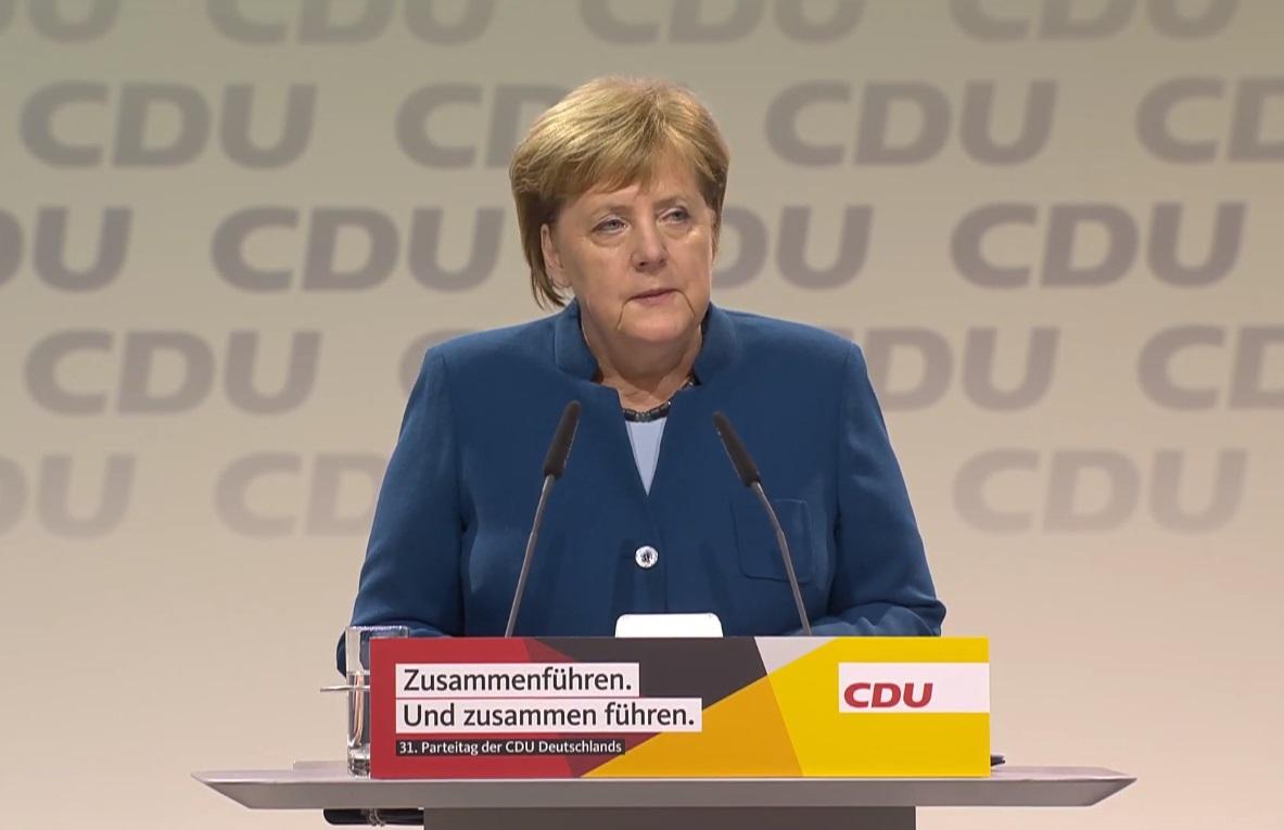 """""""Настало время для новой главы"""". Текст исторической речи Меркель"""