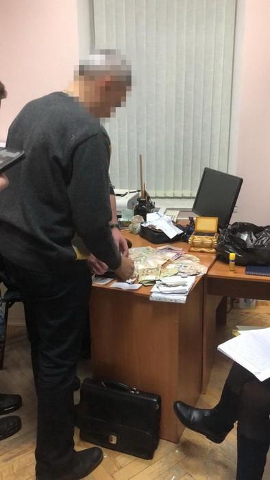 По подозрению во взяточничестве задержан подполковник СБУ