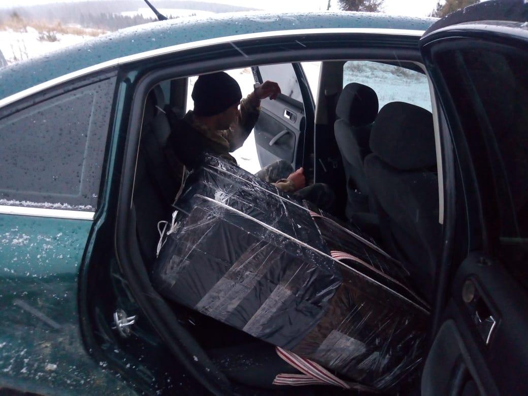 """На границе с Румынией пограничники обстреляли """"евробляху"""": фото"""