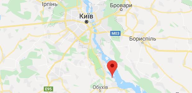 Под Украинкой около Киева на гололеде перевернулась маршрутка