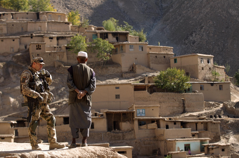 Война против грязных денег. НАТО как антикоррупционный фактор