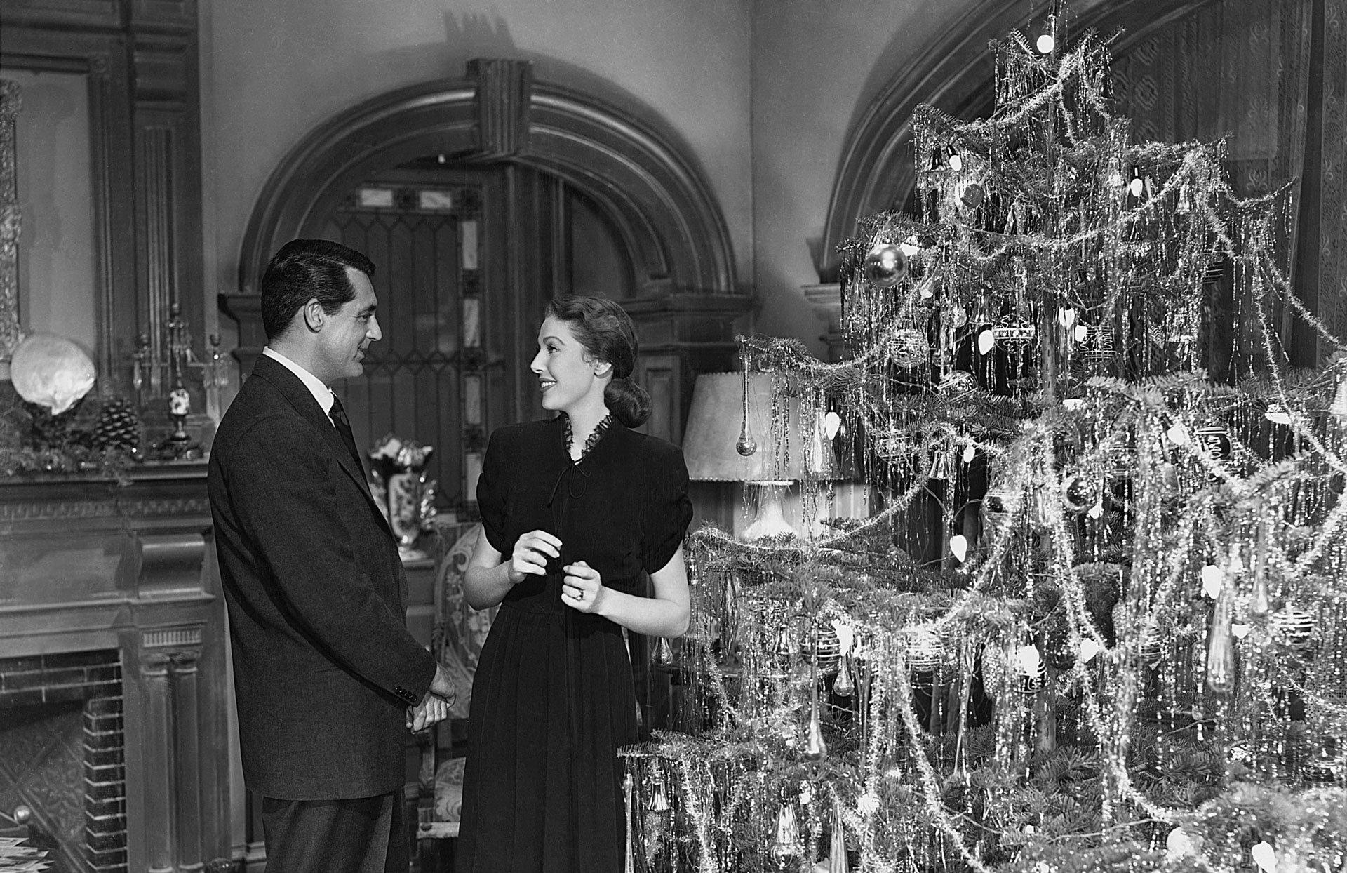 Не один дома: что смотреть на новогодних каникулах