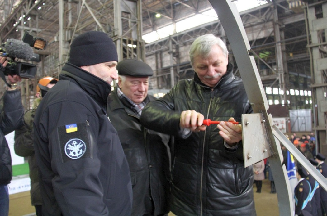 В Киеве на заводе заложили два новых военных катера для ВМС: фото