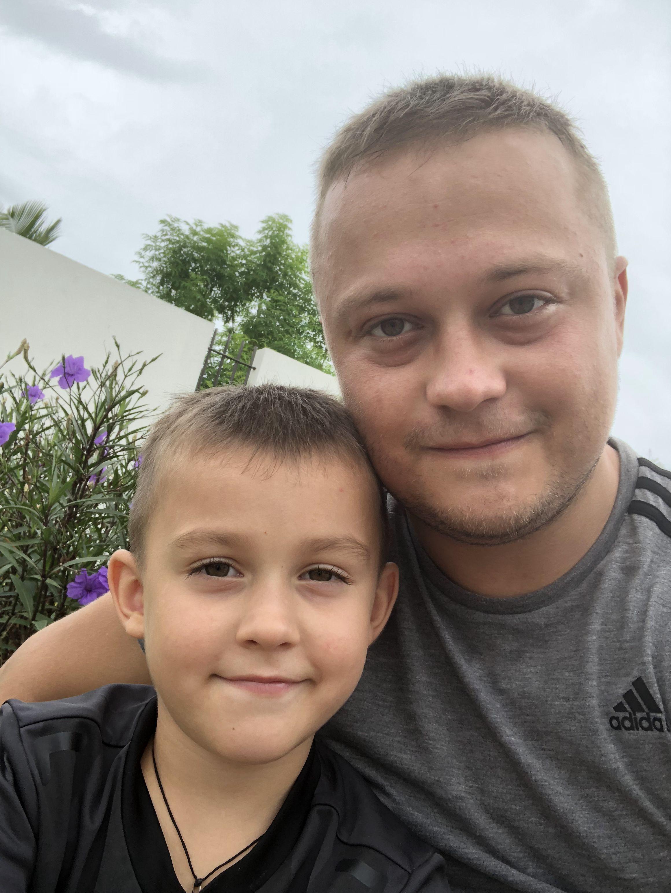 Украинский школьник исполнил мечту юных африканцев