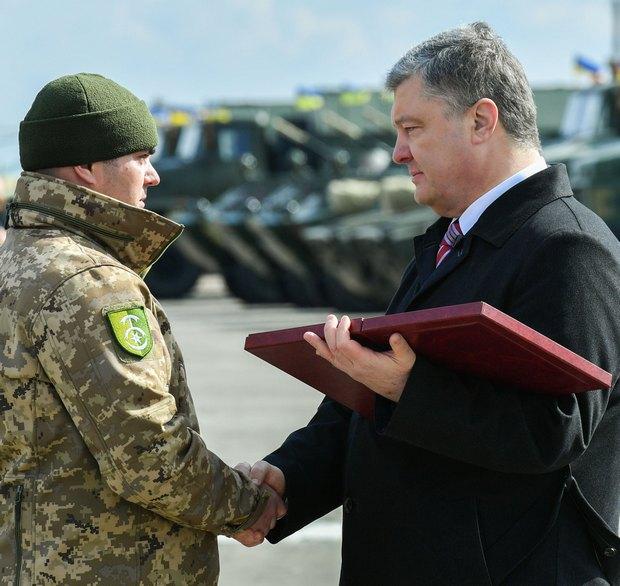 Золотые Звезды: двоим бойцам ВСУ присвоено звание Героев Украины