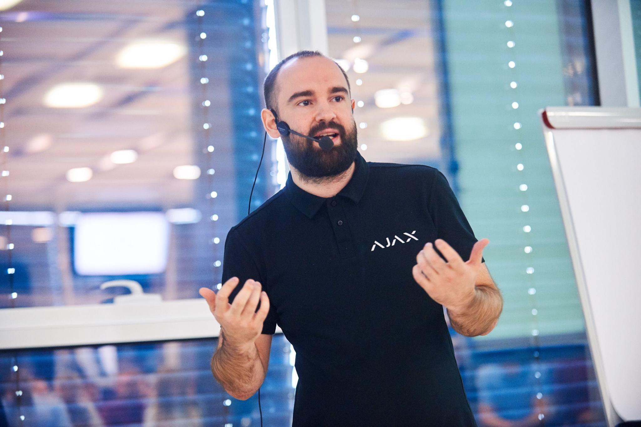 """Продукт - король, або Як створити """"Apple"""" в Україні. Історія Ajax Systems версія оунера"""
