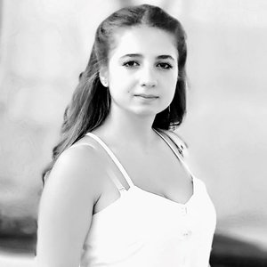 Диана Манучарян