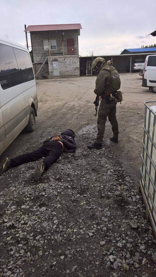 """""""Списывали топливо"""": в Донбассе раскрыли схему хищения - фото"""