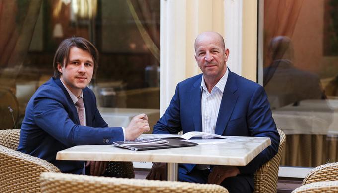 Директор представительства Avellana Gold в Украине Андрей Смолин и генеральный директор Avellana Gold Брайан Саваж. Фото из личного архива