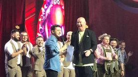 Зеленский пришел на шоу Лига смеха: поднялся на сцену