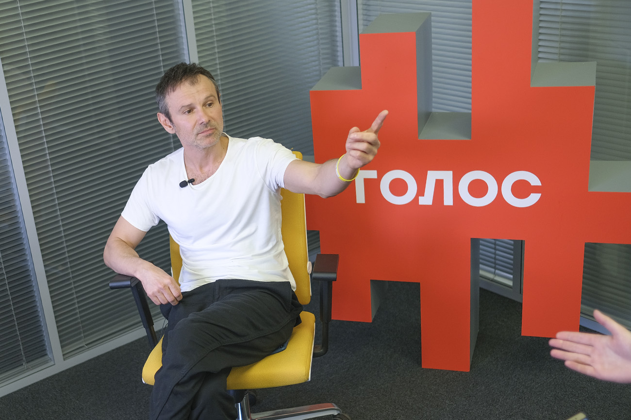 """Вакарчук: """"Если бы политики работали - этого интервью бы не было"""""""
