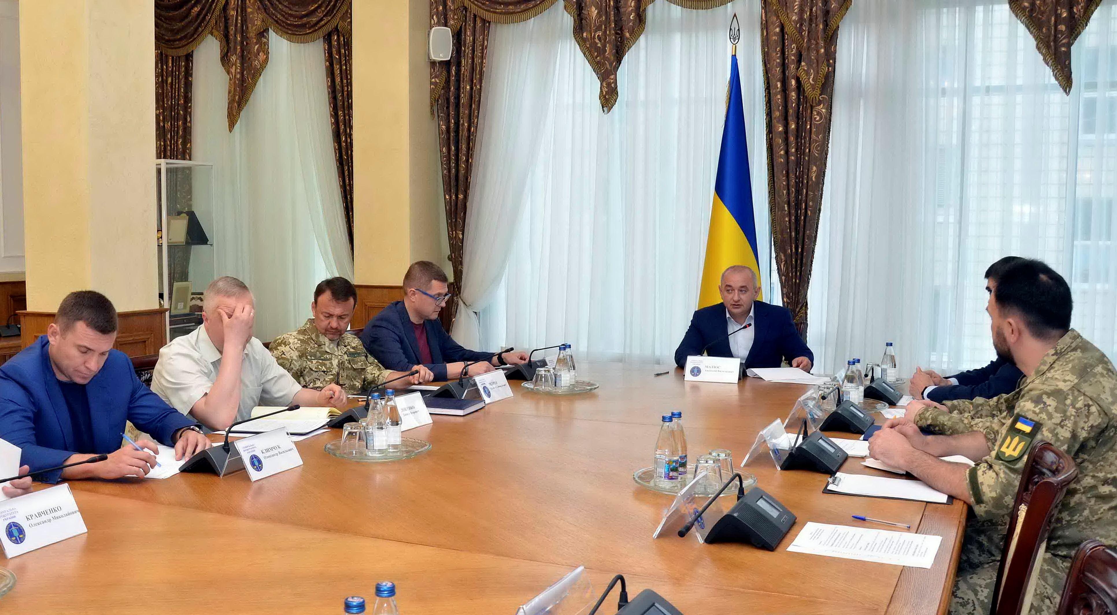 """Матиос провел заседание по """"оккупации Буковины"""": фото, видео"""