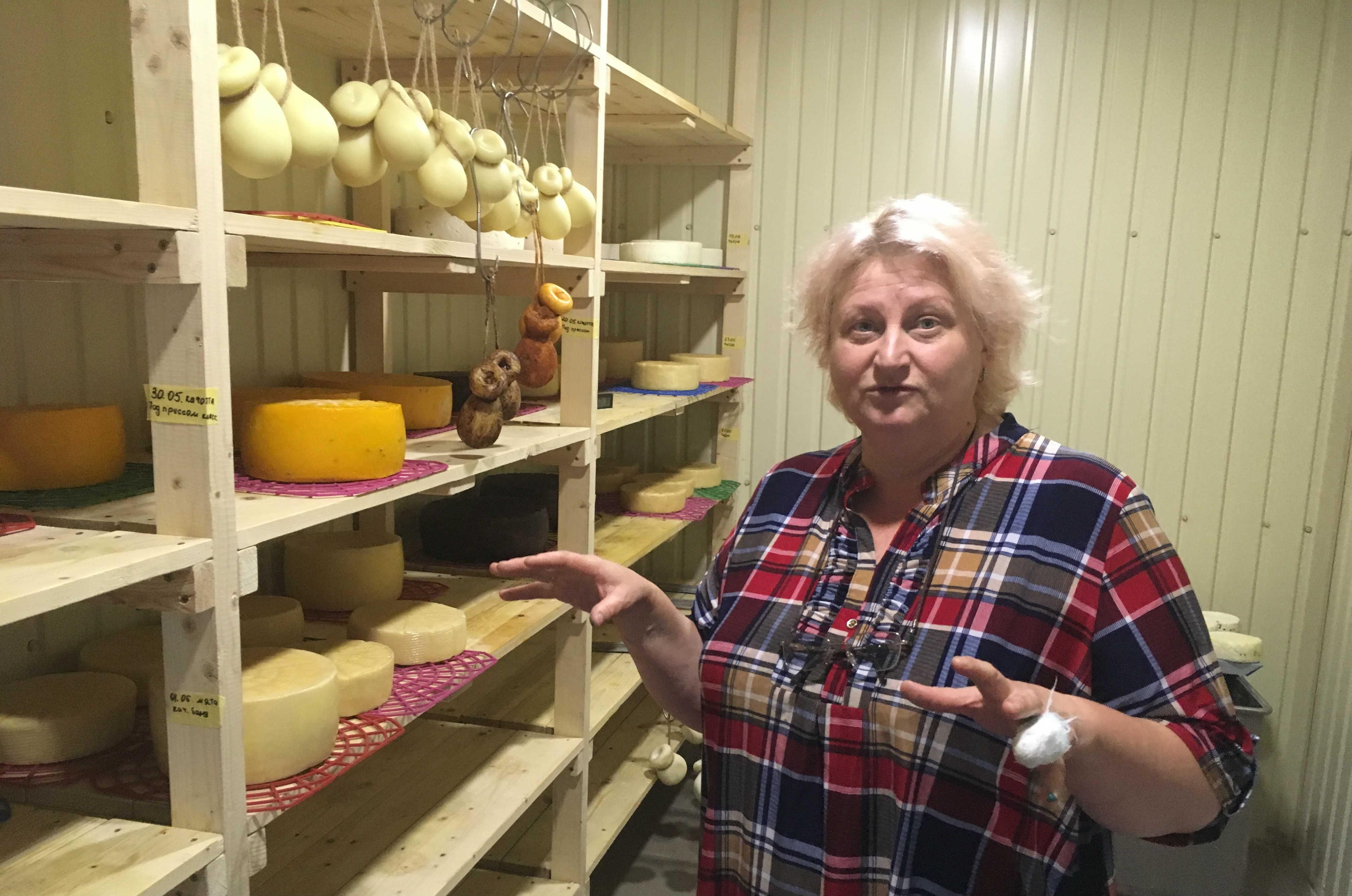 Снежана Альникова открыла маленькое предприятие по производству сыра на грант от Донецкой госадминистрации (Фото Мелинды Хэринг)