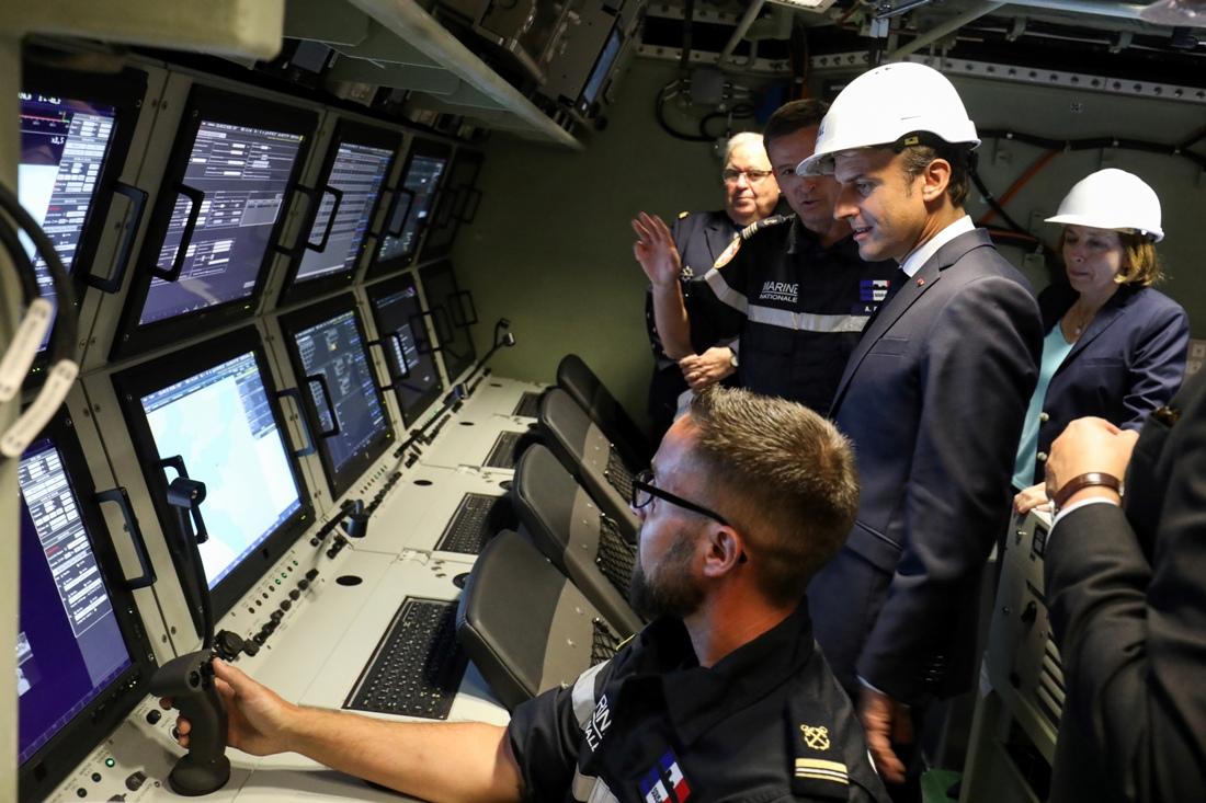 Военные Франции показали атомную лодку Барракуда
