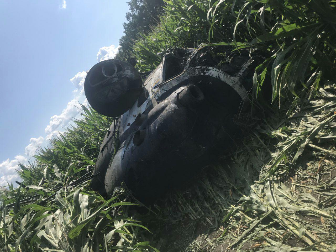 В Сумской области упал вертолет, пилот погиб