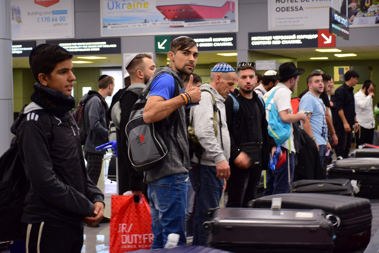 В Украину прибыли более 7 000 хасидов: фото