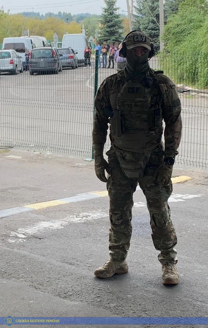 "Таможенники на Волыни организовали сбор ""дани"" на границе - СБУ"
