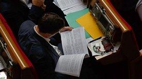 Тюрьма за ложь в декларациях и захват самолета в Минске: повестка Рады на сегодня