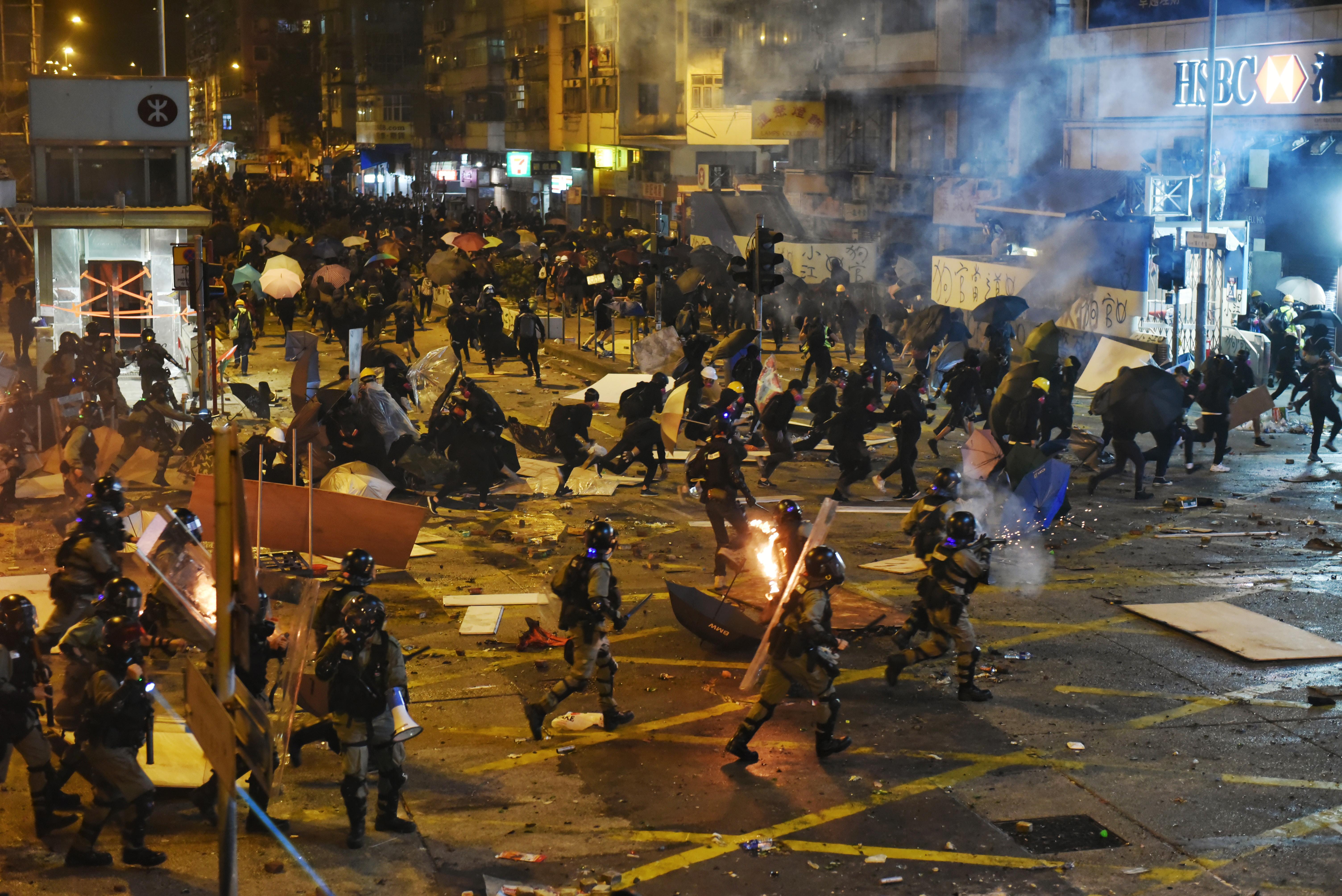 Майдан в Гонконге. Что там происходит и чем закончится