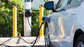 Верховная Рада отменила налоги на импорт электромобилей и другого…