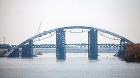 Подольский мост в Киеве. Компании семьи Николая Тищенко получали …