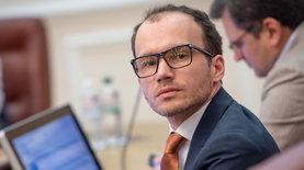 В Украине запустили рынок земли. Украинцы активно заключают догов…