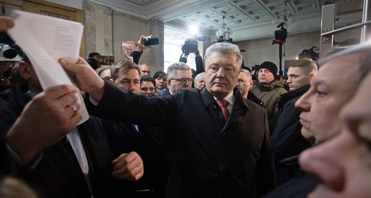 Петр Порошенко в ГБР (Фото: Михаил Палинчак/пресс-служба ЕС)