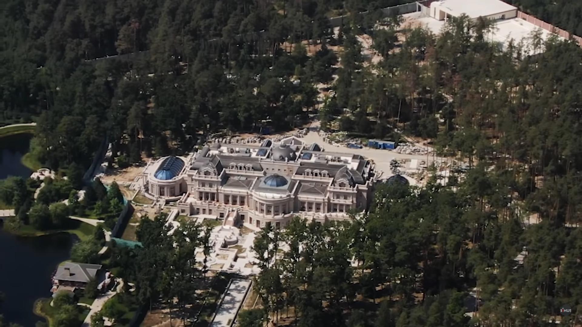 Дом Ахметова под Киевом, фото: скриншот из видео Bihus.info - YouTube