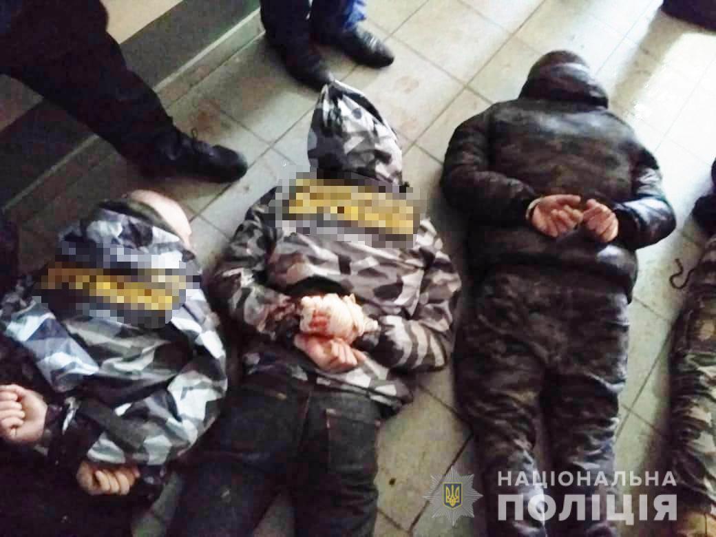 Полиция задержала подозреваемых