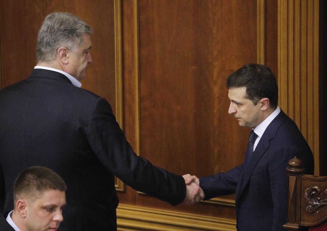 Петр Порошенко и Владимир Зеленский (Фото: EPA-EFE/SERGEY DOLZHENKO)