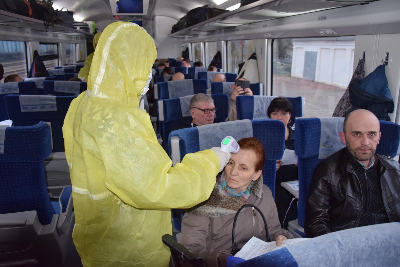 Украинцев эвакуируют из Польши