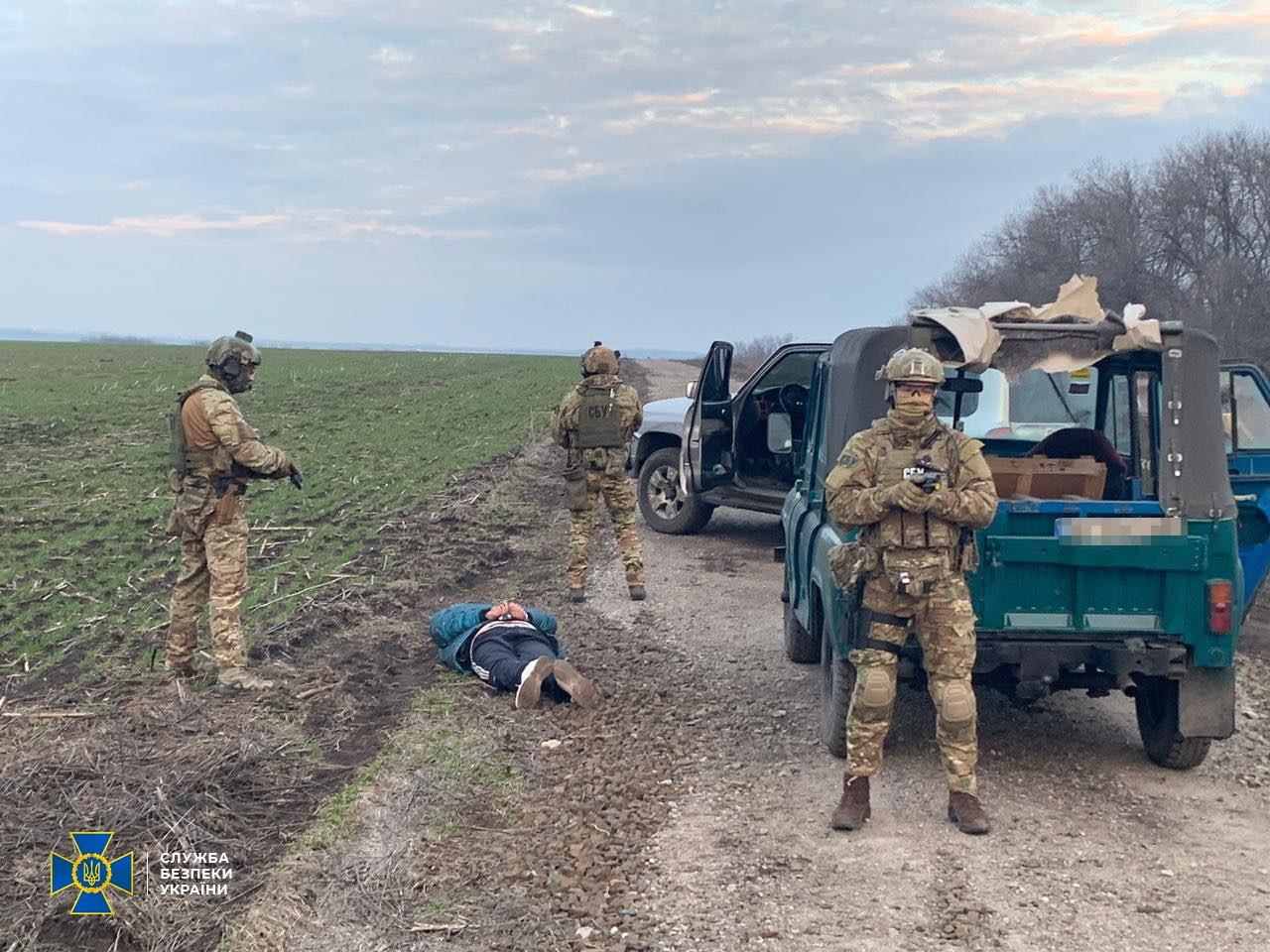 СБУ пресекла масштабную схему поставок военной продукции в РФ: видео и фото